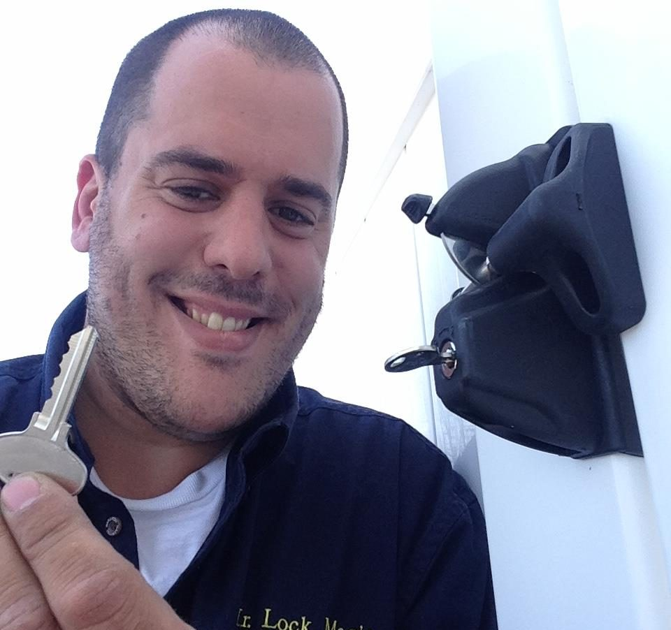 Professional Locksmith Shai Elkayam